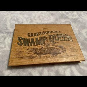 Grav3yard Girl Swamp Queen Palette